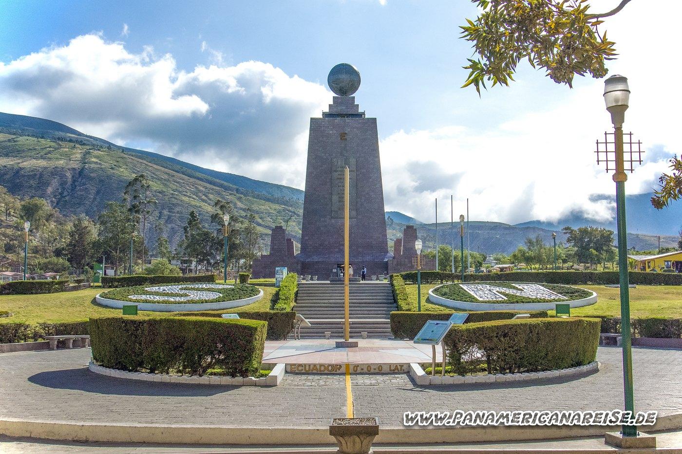 Ecuador Museum Quito Äquator - Mitad del Mundo
